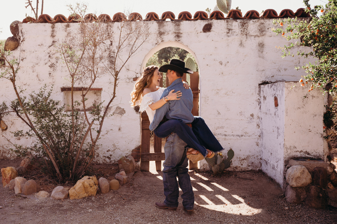 san-luis-obispo-engagement-shoot-lindsey-hahn-paso-robles-wedding